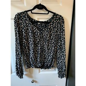 American Eagle Sinched Front Blouse